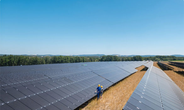greentech TÜV certified employees working on a business solar plant